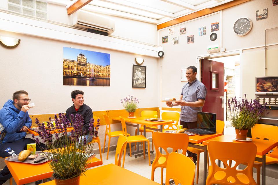 Auberge internationale des Jeunes, Youth Hostel Paris