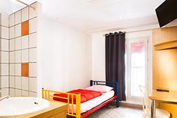 Youth Hostel Paris Auberge Internationale De Jeunes Cheap Hostel Paris